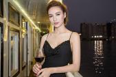 Hoa hậu Ngọc Diễm gợi cảm