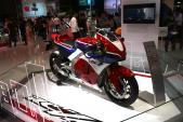 Siêu môtô Honda RC213V-S trị giá hơn 5 tỷ đồng tại VN