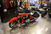 Siêu môtô Victory Magnum bagger giá hơn 1 tỷ tại VN