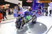 Xe đua của nhà vô địch MotoGP 2015 - Yamaha M1 đến VN