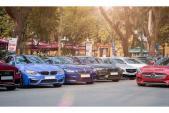 """Siêu xe, xe sang """"khủng"""" xếp lốp cuối tuần tại Hà Nội"""