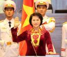 Điều ít biết về áo dài của Chủ tịch QH Nguyễn Thị Kim Ngân