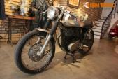 """Yamaha SR400 độ cafe racer """"siêu chất"""" của dân chơi Việt"""
