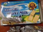 Bánh sữa Ba Vì Milk mốc đen dù còn hạn 4 tháng
