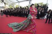 Những khoảnh khắc đáng xấu hổ của sao Hoa ngữ tại LHP Cannes