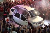 Ôtô Kia biến hình thành rô bốt Transformer ngoài đời thực