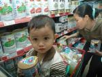 Giá trần sữa trẻ em dưới 6 tuổi sẽ được xem xét bỏ từ 1/7