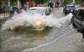 Xử lý khi ô tô chạy vào đường ngập nước