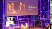 Cựu CEO Google thừa nhận dùng iPhone 6S nhưng khen Galaxy S7