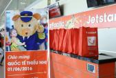 Ngập tràn quà Tết Thiếu nhi trên máy bay Jetstar Pacific