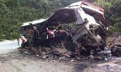 13 người chết thương tâm vì nổ xe khách và điện giật