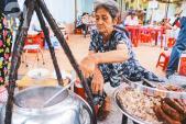 5 quán bình dân được lòng tín đồ ẩm thực ở quận trung tâm nhất Sài Gòn