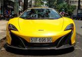"""Chồng hụt Midu """"trưng hàng"""" siêu xe tiền tỷ tại Sài Gòn"""