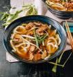 Nấu mì udon với thịt gà và nấm