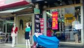 Shop thời trang mặt tiền - siêu ế - vẫn tồn tại, vì sao?