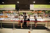 Không chỉ ông chủ Vingroup, các đại gia bán lẻ Nhật, Hàn cũng đang 'phát cuồng' với thị trường Việt
