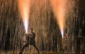 Lễ hội bắn pháo hoa kỳ lạ ở Nhật Bản