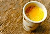 Uống mật ong và nghệ đúng cách da trẻ hơn cả 10 tuổi