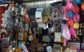 Thị trường Rằm tháng 7: Nhiều hàng mã tinh xảo như thật