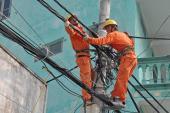 EVN HANOI: Đảm bảo an toàn hành lang lưới điện cao áp trong mùa  mưa