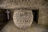 Khám phá bên trong công trình ngầm chất đầy đầu lâu ở Paris