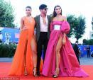 Người mẫu Italy mặc phản cảm trên thảm đỏ Venice