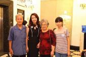 Em gái 15 tuổi nhưng sở hữu chiều cao khủng của HH Đỗ Mỹ Linh