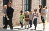 Brad Pitt và Angelina Jolie sẽ chia khối tài sản 400 triệu USD ra sao?