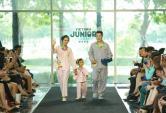 Gia đình Hoàng Bách diện pyjama diễn thời trang