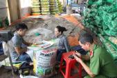 Đột kích cơ sở sản xuất phân bón trái phép tại Lâm Đồng