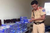 Thanh Hóa: Xe khách vận chuyển 2.000 bao thuốc lá lậu đi tiêu thụ