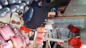'Bắt sống' hàng loạt cơ sở sản xuất tương ớt đầu độc người dân