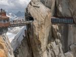 Thót tim với những cây cầu đáng sợ nhất thế giới