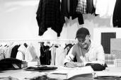 Giới thời trang bàng hoàng trước cái chết đột ngột của NTK trẻ người Anh