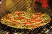 Bánh tráng nướng thơm phức quyến rũ du khách Đà Lạt