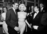 Hé lộ chiếc váy đắt nhất thế giới giá 107 tỷ đồng