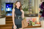 Học trò Hồ Ngọc Hà thử trang phục dự show Victoria's Secret