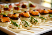 Canapé - Bữa tiệc thú vị của những món ăn tinh tế