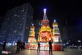 Phố phường Hà Nội lung linh trước đêm Noel
