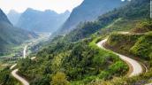 CNN gợi ý hành trình khám phá Việt Nam bằng xe máy