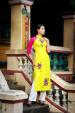 Dương Mỹ Linh duyên dáng áo dài mùa xuân