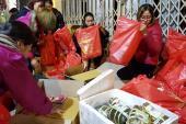 Giới trẻ mang Tết ấm đến với người vô gia cư ở Hà Nội