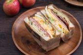 Tự chuẩn bị sandwich kiểu Hàn Quốc cho bữa trưa văn phòng