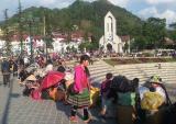 Du lịch Lào Cai - Cánh diều đã no gió để bay cao, bay xa