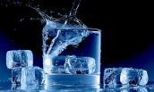 Khó tin nhưng có thật: Uống ly nước đá cũng giảm được cân