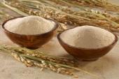 Trộn cám gạo theo công thức này, trị dứt điểm nám da hay thâm mụn