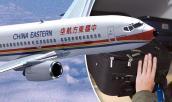 Hành khách kiện hãng hàng không vì vali rơi trúng đầu