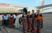Áp khung giá sàn vé máy bay: Việt Nam học được gì từ các nước khác?