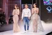 Hoa hậu Kỳ Duyên diện váy nhựa dẻo làm vedette