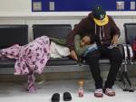 Hành khách náo loạn sân bay vì liên tục bị hủy chuyến